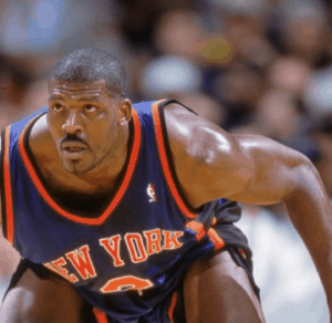 larry johnson on defence playing for New Yor Knicks.